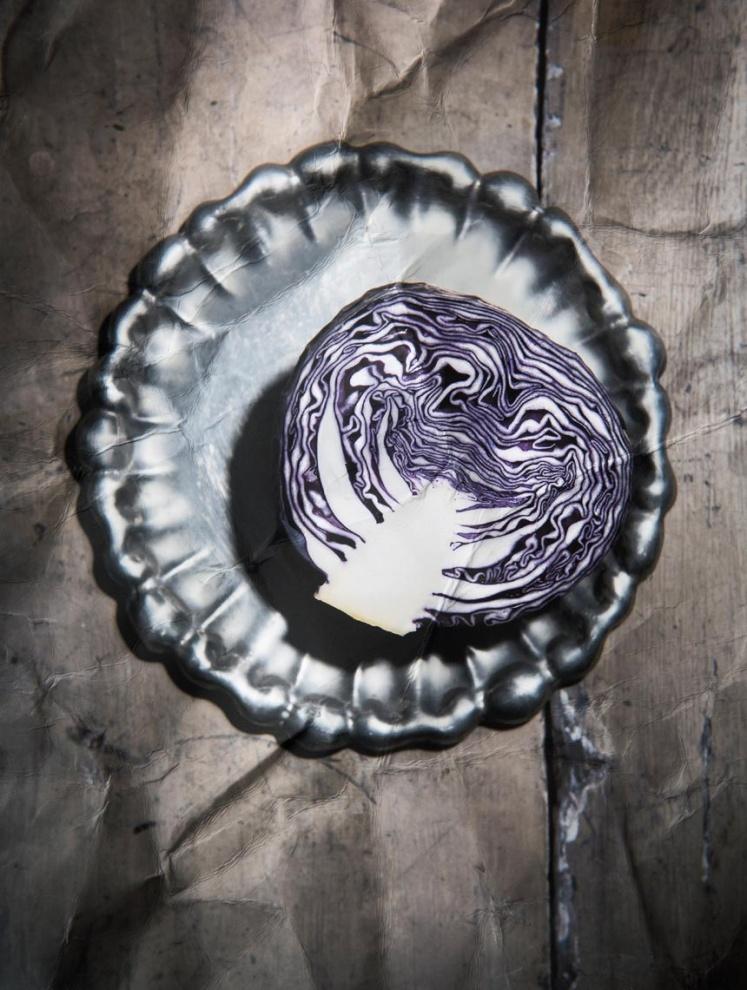 Ritratto di cavolo (Portrait of cabbage) - 2018 Tiratura variabi1e 1/7 Carta Photo Rag fine art Cotone 100%  Limited edition 1/7 Photo Rag fine art 100% Cotton paper
